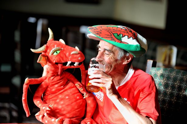 An old codger talks to his pint and his imaginary dragon. Bless.